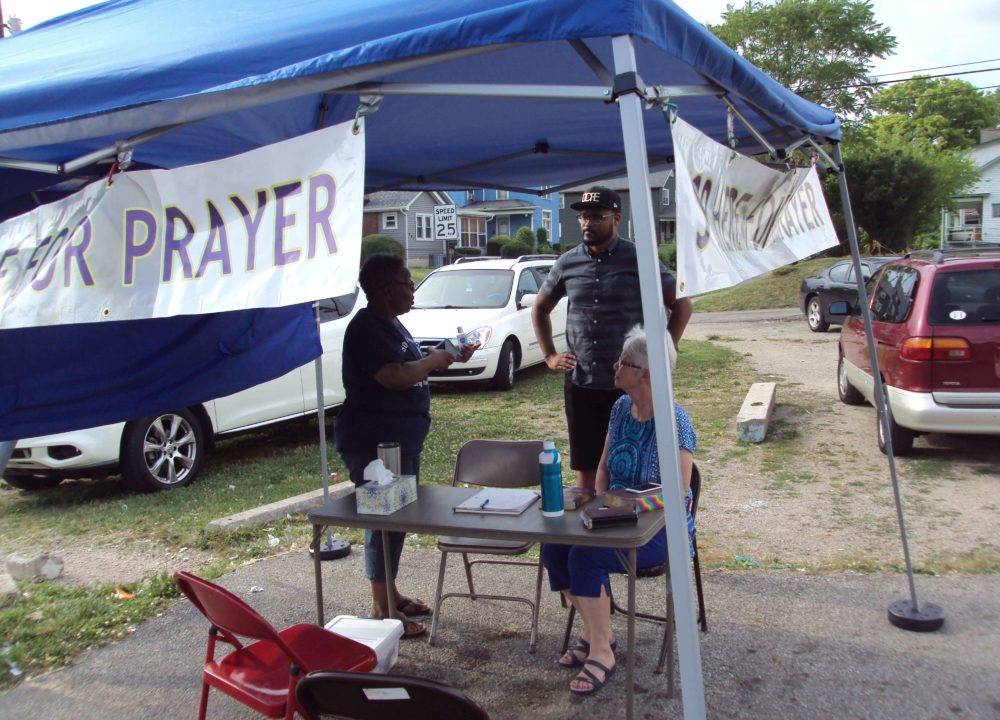 urban-programs-prayer tent
